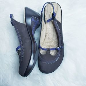 J-41 adventure on canopy leather wedge shoe